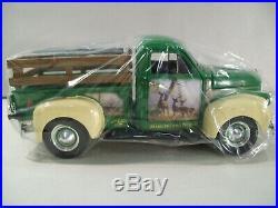 Ertl John Deere Persis Weirs Die-cast 1947 Studebaker Pickup Truck Trail Gator