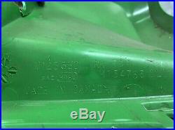 JOHN DEERE GATOR Rh rear Fender 4x2 6x4 M123360 (cracked, See Pic)