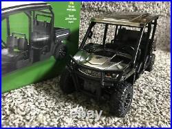 John Deere 1/16 XUV590M S4 Gator Black CHROME CHASE 2019 Farm Show Hard To Find