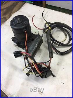 John Deere Gator AMT 600/622/626 Box Lift Pump Used 4/18
